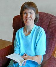 Heather Madsen reads and overcomes challenges.